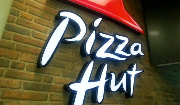 Pizza Hut C.C. Isla Azul