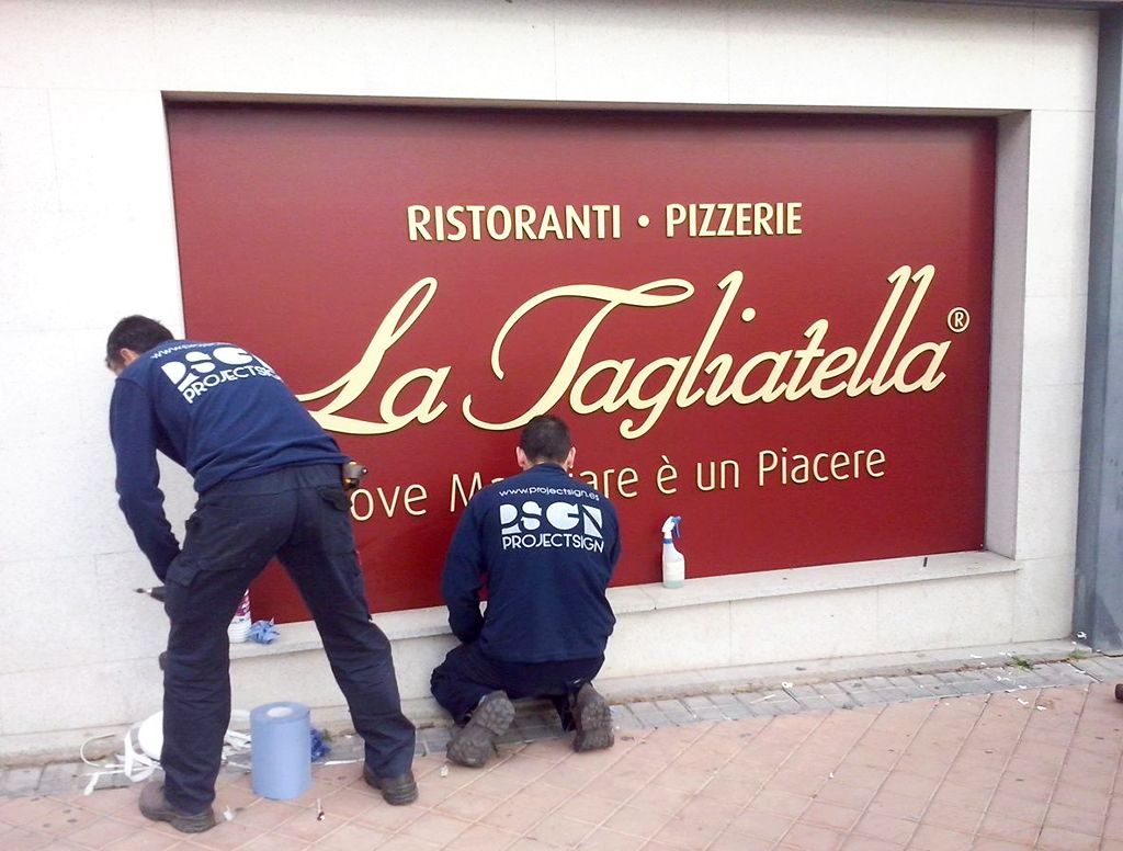 Letras-Corporeas-PVC-Tagliatella-2