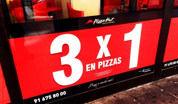 Rotulación promocional Pizza Hut