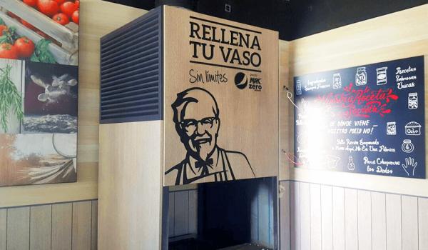 Decoración interior KFC de Torrejón