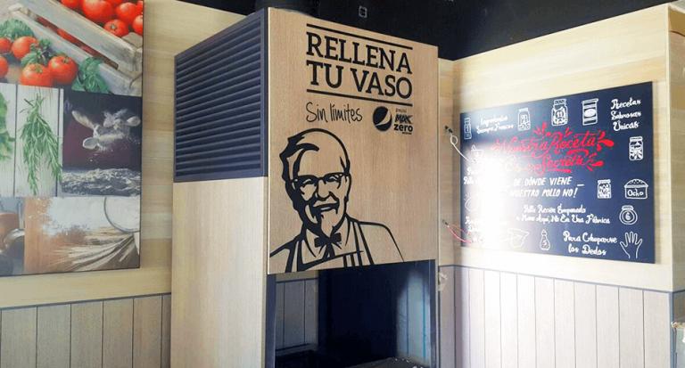 Lee más sobre el artículo Decoración interior KFC de Torrejón