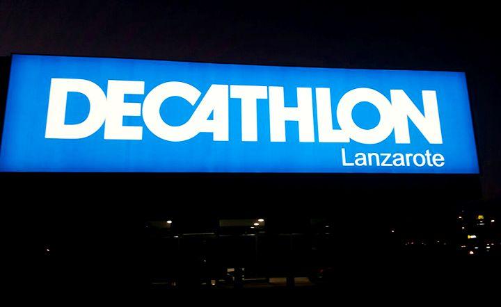 Rótulos de gran formato en Decathlon Lanzarote