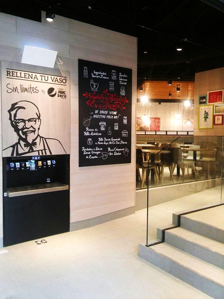 Decoración interior para KFC Diversia